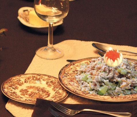Салат из судака с сельдереем и апельсином