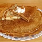 Рецепт блинов на кислом молоке (без добавления яиц)